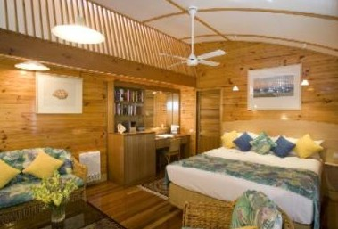 Kims Beach Hideaway - Grafton Accommodation