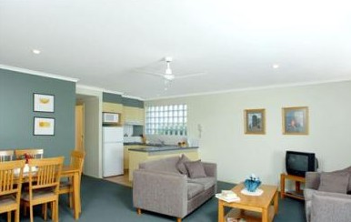 Beaches Holiday Resort - Grafton Accommodation
