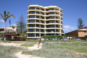 Spindrift On The Beach - Grafton Accommodation