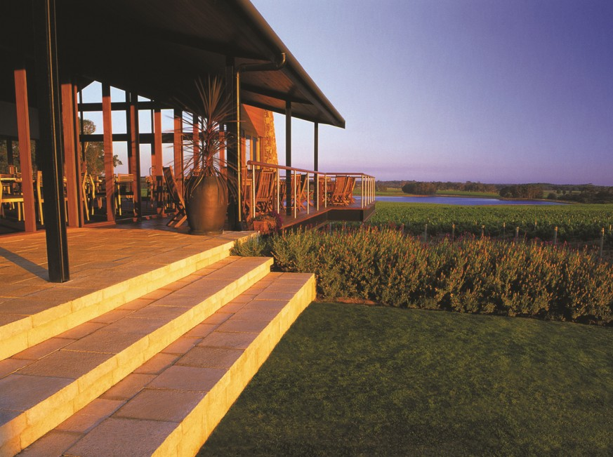 Watershed Premium Wines - Grafton Accommodation