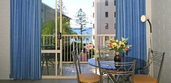 Surf Dance Holiday Units - Grafton Accommodation