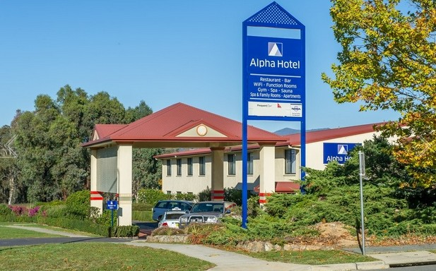 Alpha Hotel Canberra - Grafton Accommodation