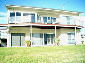 Swanport Views Holiday Home - Grafton Accommodation