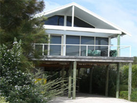 Sheoak Holiday Home - Grafton Accommodation