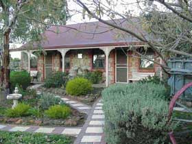 Langmeil Cottages - Grafton Accommodation