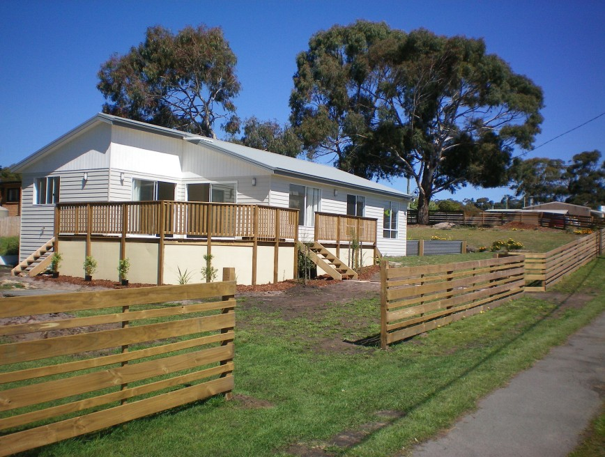 Waterside Accommodation - Grafton Accommodation