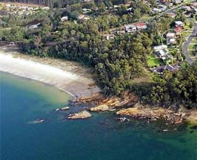 Gibsons by the Beach - Grafton Accommodation