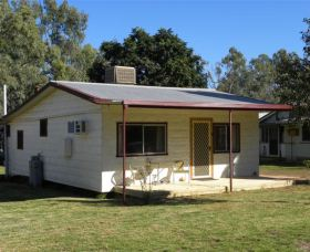 Cockatoo Cottage - Pooncarie - Grafton Accommodation