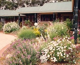 Red Gum Lagoon Cottages - Grafton Accommodation