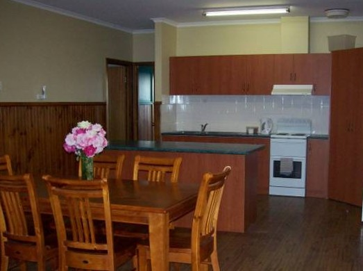 Riverland Holiday Cottage - Grafton Accommodation