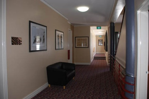 Alpine Hotel - Grafton Accommodation