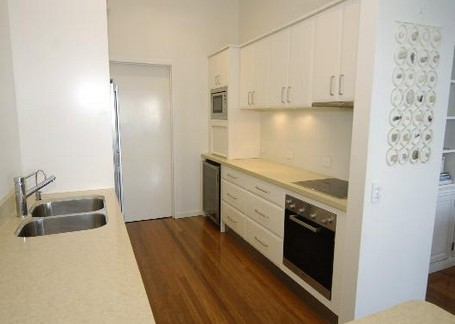 Claytons on Cylinder Beach Front Apartments - Grafton Accommodation