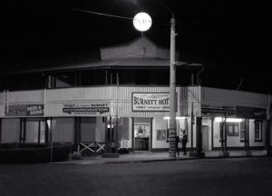Burnett Hotel - Grafton Accommodation