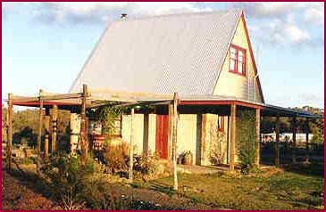 Elinike Guest Cottages - Grafton Accommodation