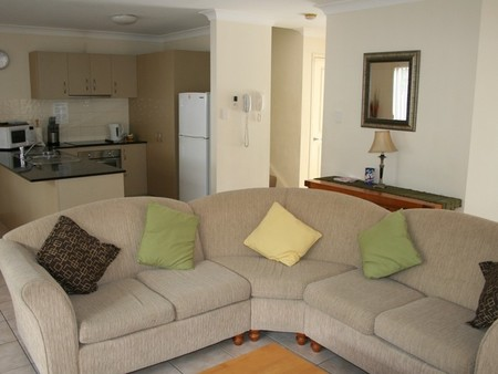 Pacific Sun Gold Coast Holiday Townhouse - Grafton Accommodation