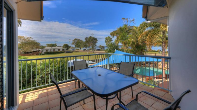 Dolphin Waters Holiday Apartments - Grafton Accommodation