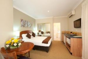 Pokolbin Hills Chateau Resort - Grafton Accommodation