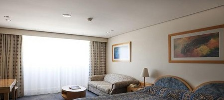 Coogee Sands Hotel And Apartments On The Beach - Grafton Accommodation