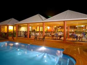 Reef Resort - Grafton Accommodation