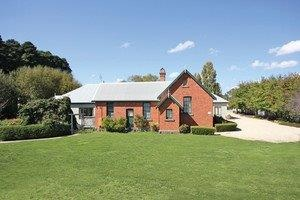 Woodend Old School House Bed and Breakfast - Grafton Accommodation