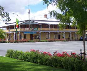 The Boorowa Hotel - Grafton Accommodation