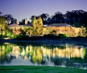 Cypress Lakes Resort - Grafton Accommodation