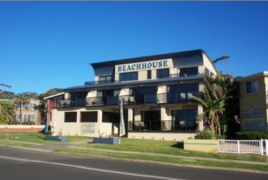 Beach House Mollymook - Grafton Accommodation