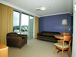 Waldorf Apartments Hotel Canberra - Grafton Accommodation