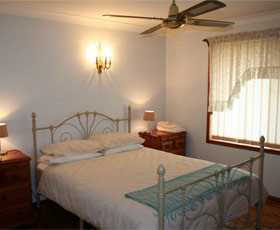 Caits Cottage Bed And Breakfast - Grafton Accommodation