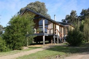Yering Gorge Cottages by The Eastern Golf Club - Grafton Accommodation