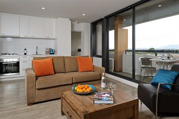 Apartments  IKON Glen Waverley - Grafton Accommodation