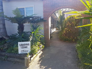 Bentley Waterfront Motel amp Cottages - Grafton Accommodation