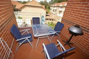 North Ryde 64 Cull Furnished Apartment - Grafton Accommodation