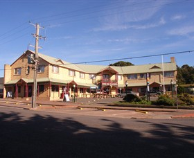 Parer's King Island Hotel - Grafton Accommodation