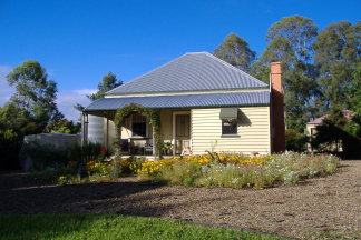 Mary Anns Cottage - Grafton Accommodation