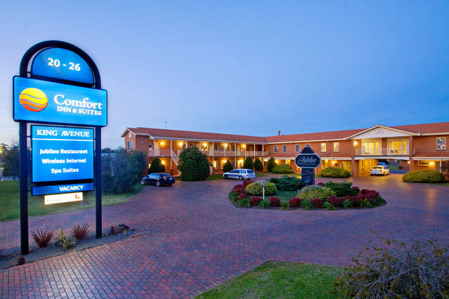 Comfort Inn  Suites King Avenue - Grafton Accommodation