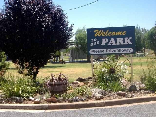 Country Club Caravan Park - Grafton Accommodation