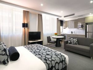Meriton Serviced Apartments - North Ryde - Grafton Accommodation