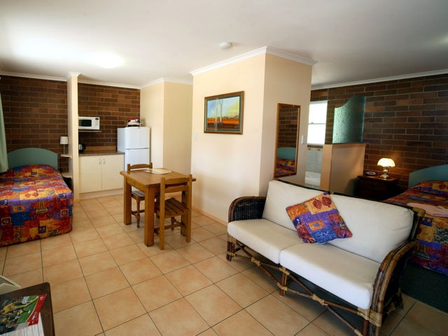 Rubyvale Motel  Holiday Units - Grafton Accommodation