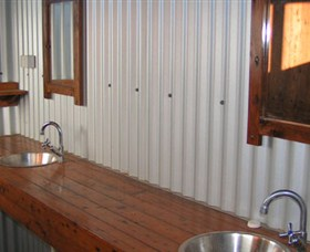 Daly River Barra Resort - Grafton Accommodation