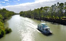 Edward River Houseboats - Grafton Accommodation