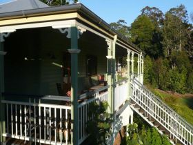The Sanctuary Springbrook. Guest House / Cottage - Grafton Accommodation