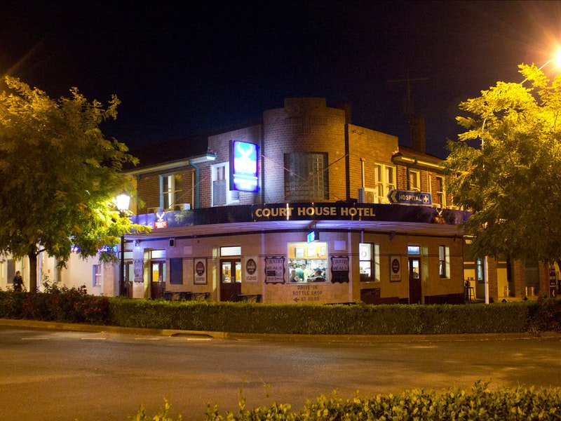 Courthouse Hotel Boorowa - Grafton Accommodation
