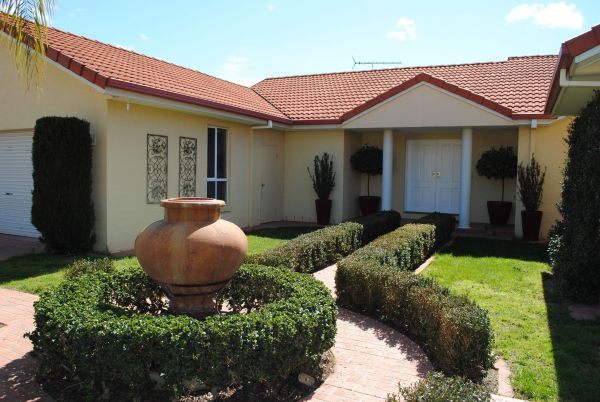 Casa Pizzini Bed and Breakfast - Grafton Accommodation