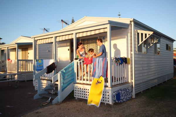 Christies Beach Tourist Park - Grafton Accommodation