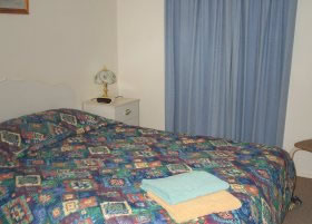 Carn Court Holiday Apartments - Grafton Accommodation