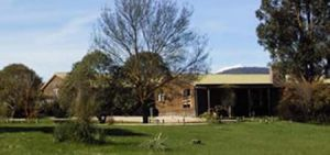 Merrijig Lodge - Grafton Accommodation