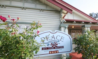 Peace By The River Homestay - Grafton Accommodation