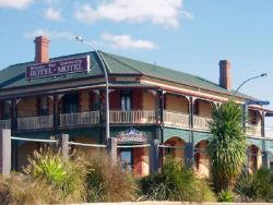 Streaky Bay Hotel Motel - Grafton Accommodation