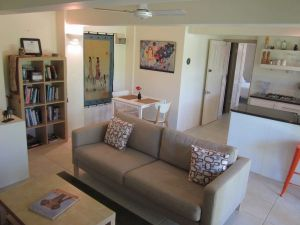Bangalow Studio Apartment - Grafton Accommodation